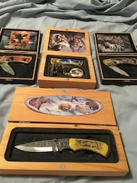 (4) Wildlife Theme Pocket Knives in Display Cases Los Angeles, 91304