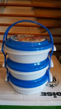 3 stackable containers with handle (new) Winchester, 22601