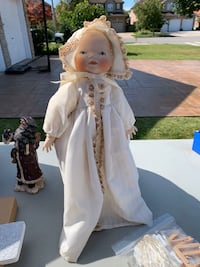 Antique porcelain doll Hamilton, L8J 2V2