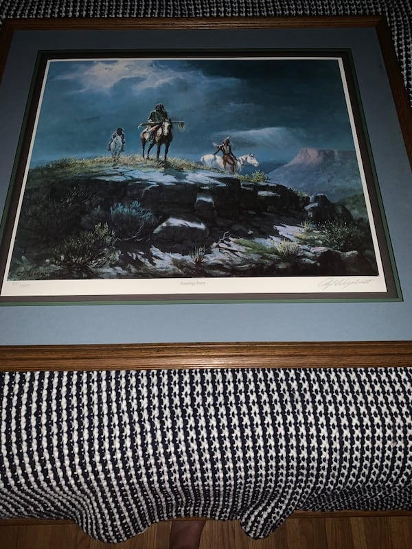 Vintage Painting with artist signature f705efcd-6733-407f-9936-d759601dc500