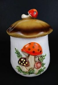 Medium Vintage Mushroom Cookie Jar Sears Roebuck Fairburn