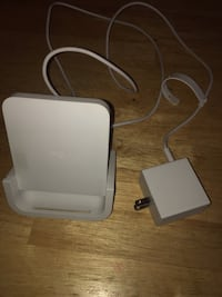LOGITECH iPhone Charger