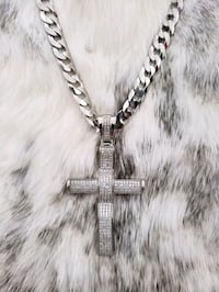 Sterling Silver Curb Cross Cz Necklace (10mm) Burnaby, V3J 1S3