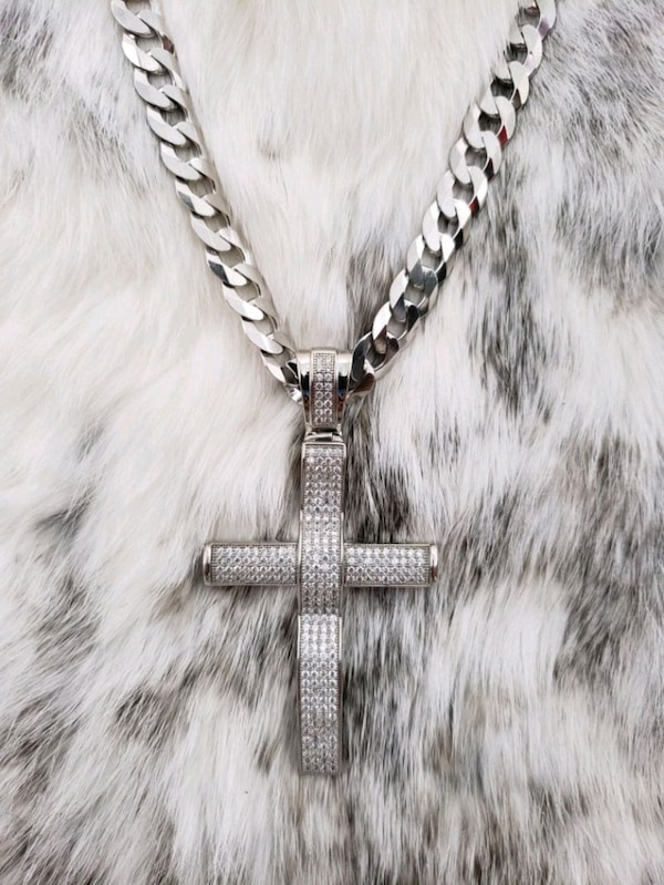 Sterling Silver Curb Cross Cz Necklace (10mm)