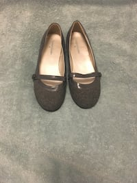 pair of black leather flats Frederick, 21703