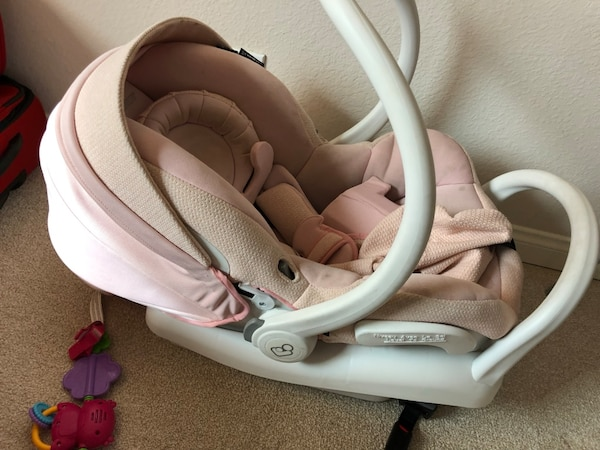 Pink Maxi Cosi Mico Max 30 Infant Car Seat With Base