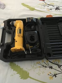 Dewalt right angle battery drill. Comes with case, 12 volt battery and charger Manchester, 08759