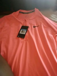 Active workout nike top Cleveland, 44105