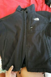 Womens small north face jacket no hood Hyattsville, 20782