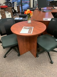 Cherry Round Table  Tigard, 97223