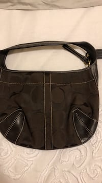 black leather Coach monogram hobo bag Burlington, L7M 2W3