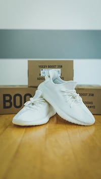 ddb1981062c40 Used pair of white Adidas Yeezy Boost 350 for sale in Lawrenceville ...