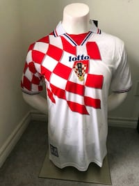 Brand new in tags RETRO CROATIA 1998 Home  Jersey! Mississauga, L5B 4M7