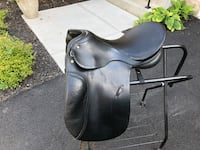 English leather dressage saddle Aldie, 20105
