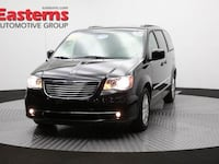 2016 Chrysler Town & Country Touring Laurel, 20723