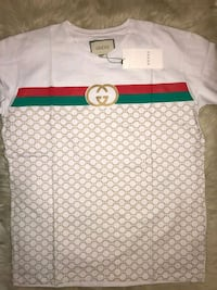 white, red, green, and beige Gucci crew-neck t-shi New Carrollton, 20784