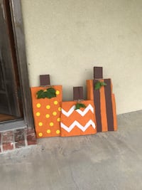 Fall decorations made out of cypress wood  Saint Martinville, 70582