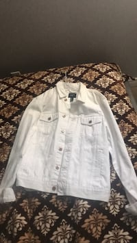 white button-up jacket Vaughan, L6A 1E8