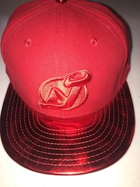 Red and black fitted cap Toronto, M9C 1E4