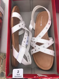 pair of white leather open-toe sandals Oxnard, 93033