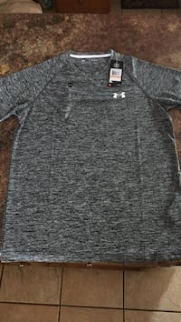 Mens Under Armour shirt S Knoxville, 37931