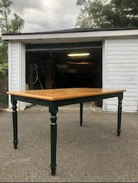 FREE DELIVERY- BROWN WOOD DINING TABLE - GREAT CONDITION