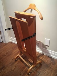 Clothing Stand/Valet Solid-Oak Toronto, M9A 3Z5