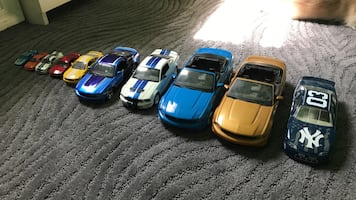 Toy Mustang cars