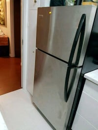 Frigidaire Stainless Steel Fridge Surrey, V3W 5N3