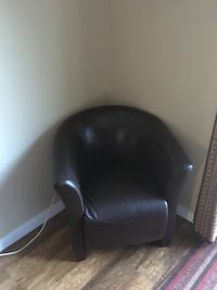 black leather padded rolling armchair Brampton, L6V 2R8