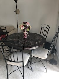 Metal dining table and 4 chairs Germantown, 20876