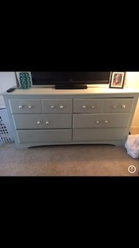 6 drawer dresser  New Orleans