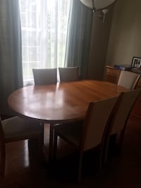 Dinning Table with six chairs in good condition some starches on the surface but overall in Good condition   Ashburn, 20147
