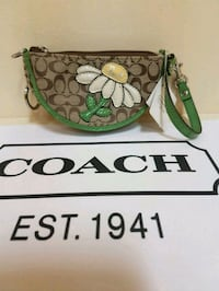 Coach  limited  edition  coin  purse  Whitby, L1N 8X2