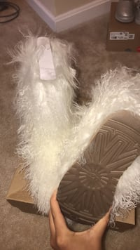 brand new uggs  Bowie, 20720