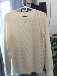 women's white knitted sweater
