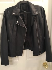 Forever 21 Black/Dark Grey Leather Jacket 551 km