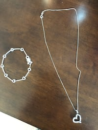 Silver heart shaped necklace and matching bracelet Gaithersburg, 20878