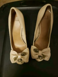 pair of white leather flats Anchorage, 99503