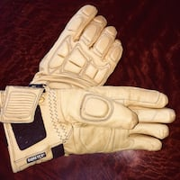 Black diamond leather ski gloves with Wool lining.  Never worn.  Gortex lining on one side and wool lining on other.  These are the ultimate ski gloves.  They sell online for $150 +.  Size MED Phoenix, 85085