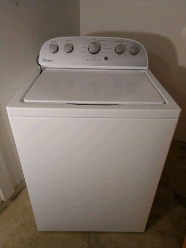 Whirlpool Washer & Dryer for Sale ef644edc-c7f6-46b8-bc19-562cf19d660e