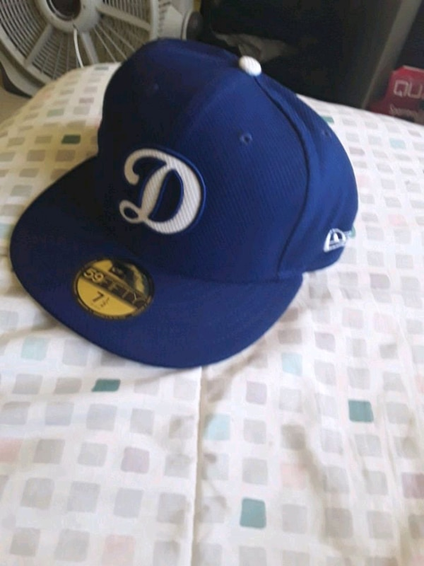D DODGERS FITTED HAT 7 1/2