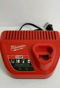 Milwaukee M12 12 V Lithium Ion Battery Charger. PR Palatine, 60074