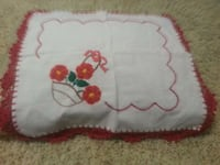 white and red floral textile Le Grand, 95333