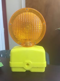 Road construction lights- 9 available- $15 each- never used- batteries not included. Middletown, 10940