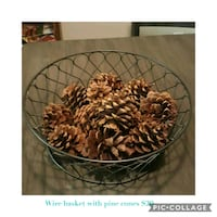 Wire basket with pine cones (price drop) Baton Rouge, 70817