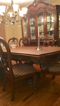 Rectangular brown wooden dining table North Brunswick, 08902