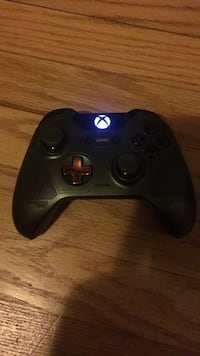 xbox controler ( Halo  theme) Chevy Chase, 20815