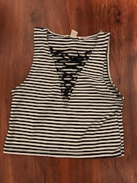 Stripe crop top size Large Forever21  Alexandria, 22314