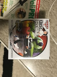 two Star Wars action figures Fort Erie, L2A 2P3